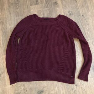 American Eagle Outfitters crew neck sweater. (S16)